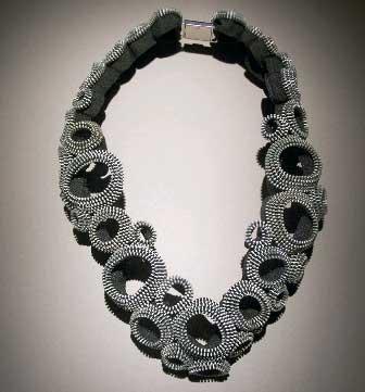 Zipper_necklace